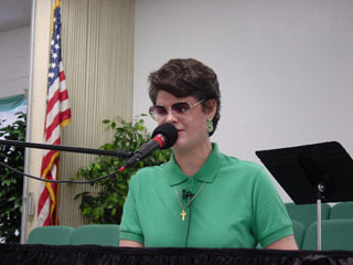 Picture of Christian music artist and speaker Laurel Jean
